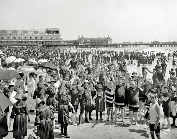 Пляж в Атлантик сити 1910 год (Beach in Atlantic City in 1910)
